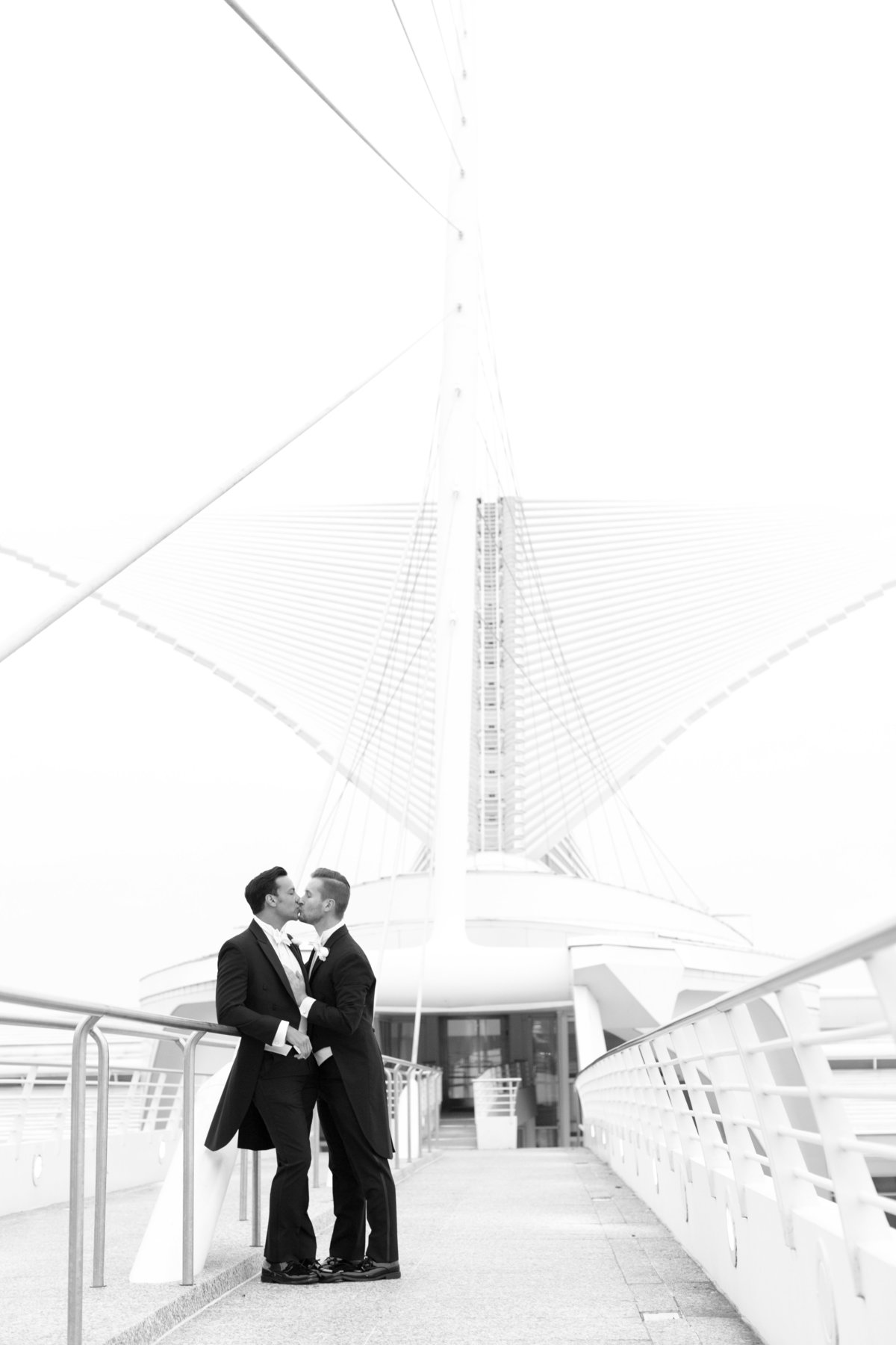 Milwaukee-Art-Museum-Wedding-060