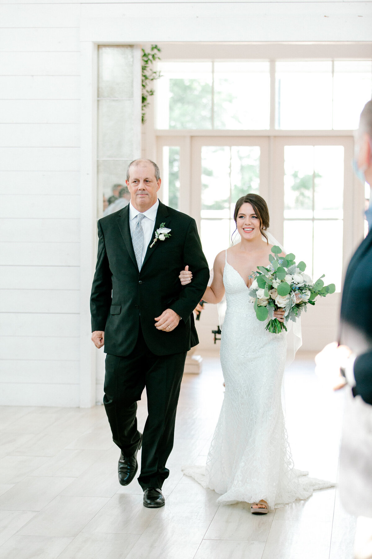 Anna & Billy's Wedding at The Nest at Ruth Farms | Dallas Wedding Photographer | Sami Kathryn Photography-69