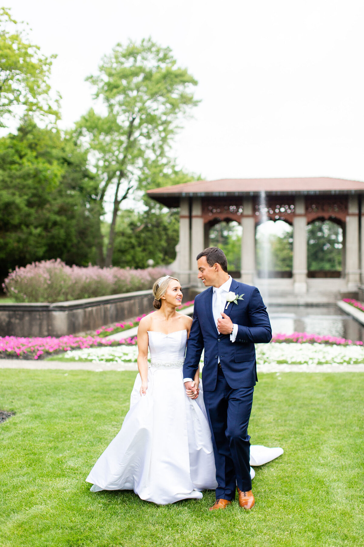 summer-armour-house-wedding-lake-forest-121