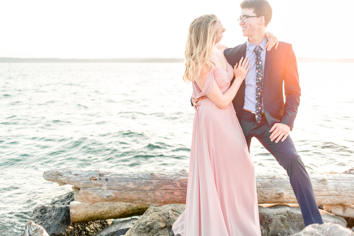 Seattle Discovery Park Engagement Session Tia LaRue Photography_0054