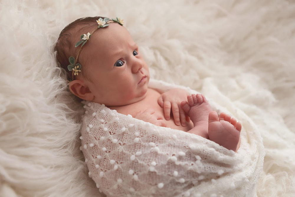 baby girl newborn pictures