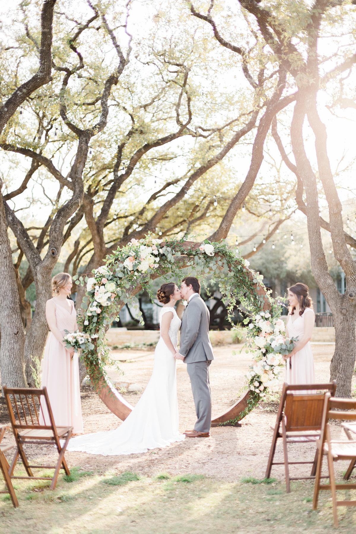 Hyatt hill country wedding photos in San Antonio texas