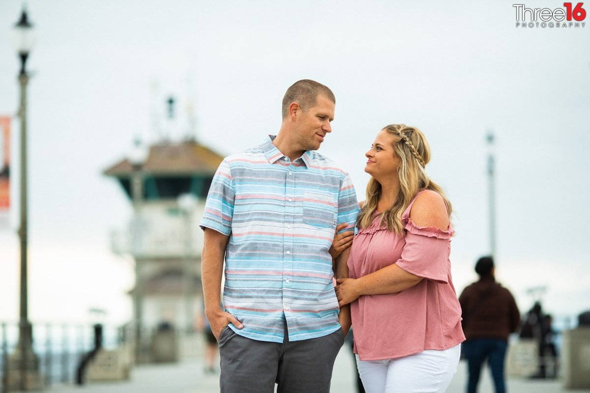 Huntington Pier Engagement Photos