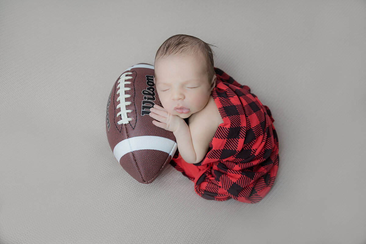 newborn-baby-boy-photos-ottawa-grey-loft-studio-62