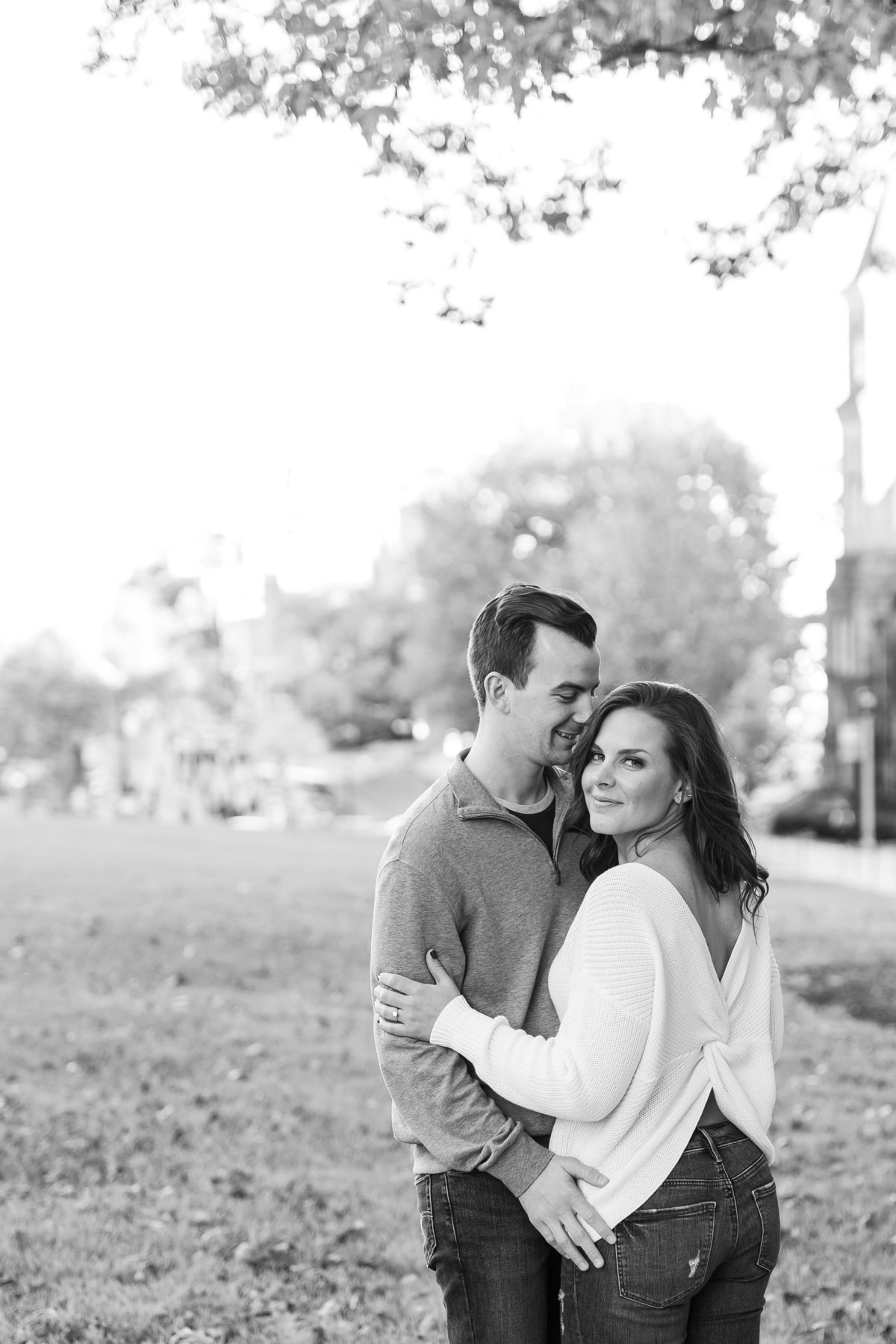 modern-engagement-photos-the-paper-elephant-012