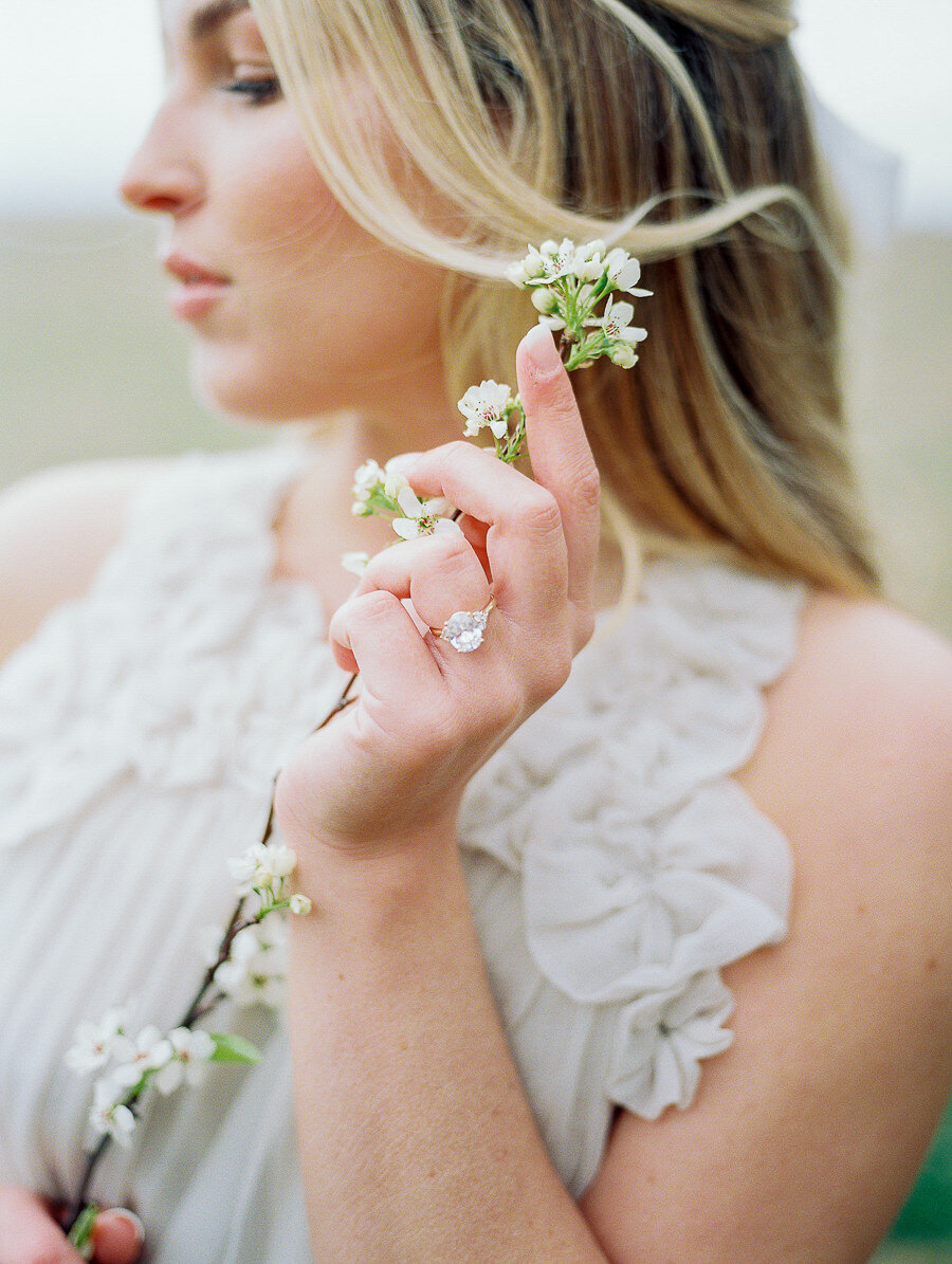 Graceful_Countryside_Fine_Art_Bridal_Maryland_Wedding_Megan_Harris_Photography-57