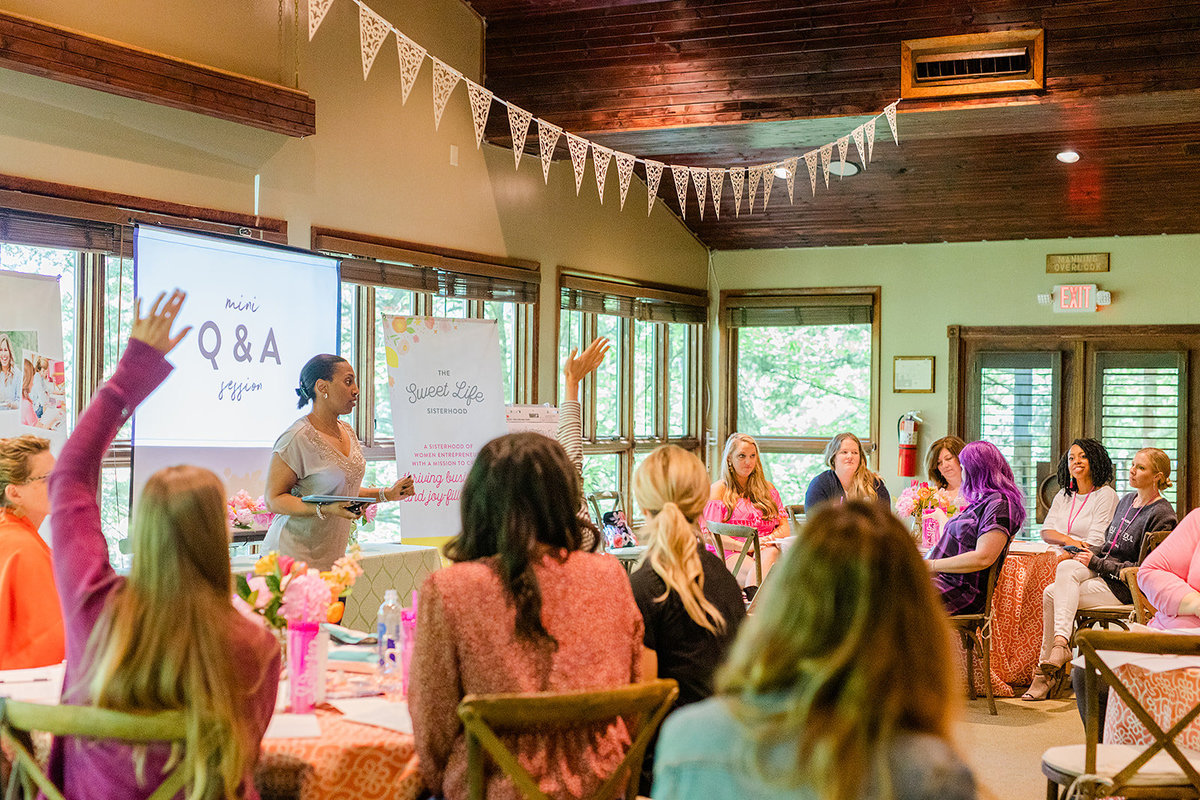 Amber Housley - Marketing Strategist for Creative Women - Inspired Retreat 2019 Day2 - 43