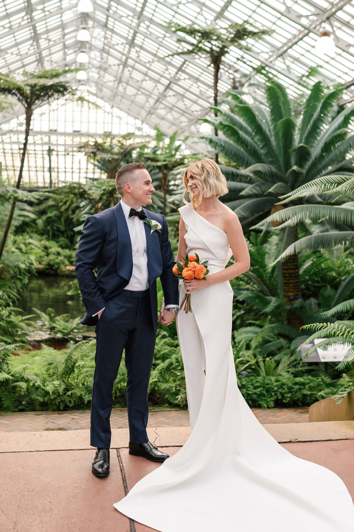 garfield-park-conservatory-chicago-wedding-the-paper-elephant-0021