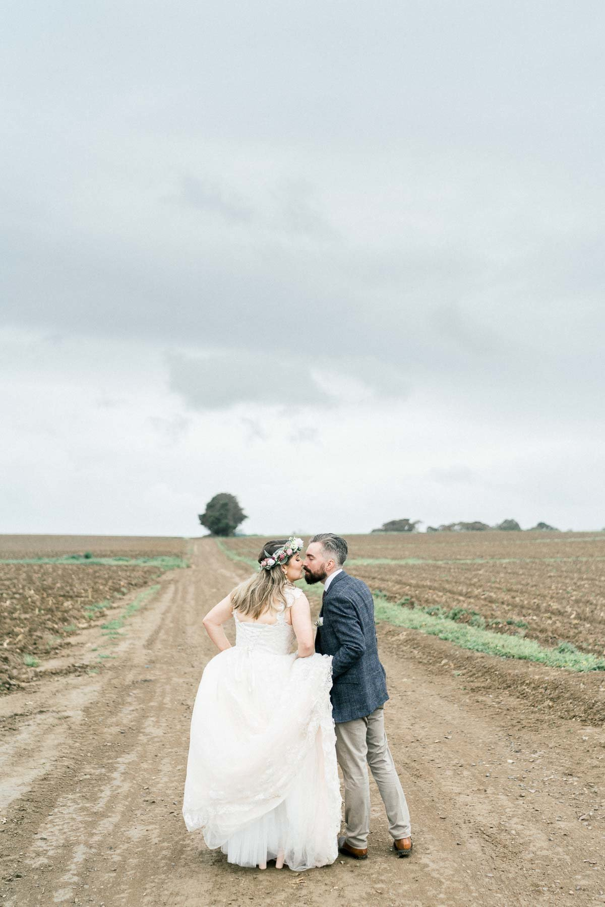 adams-farm-coldstream-yarra-valley-wedding-heart+soul-weddings-kel-jarryd-05498