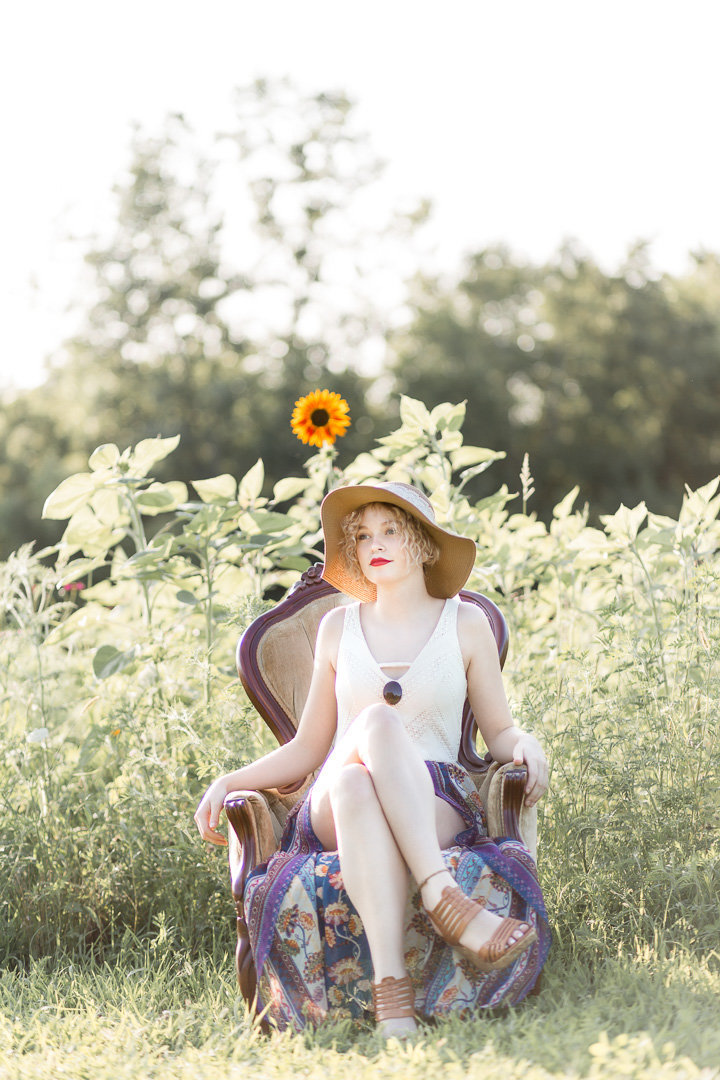 Senior Session in the Sunflower Field