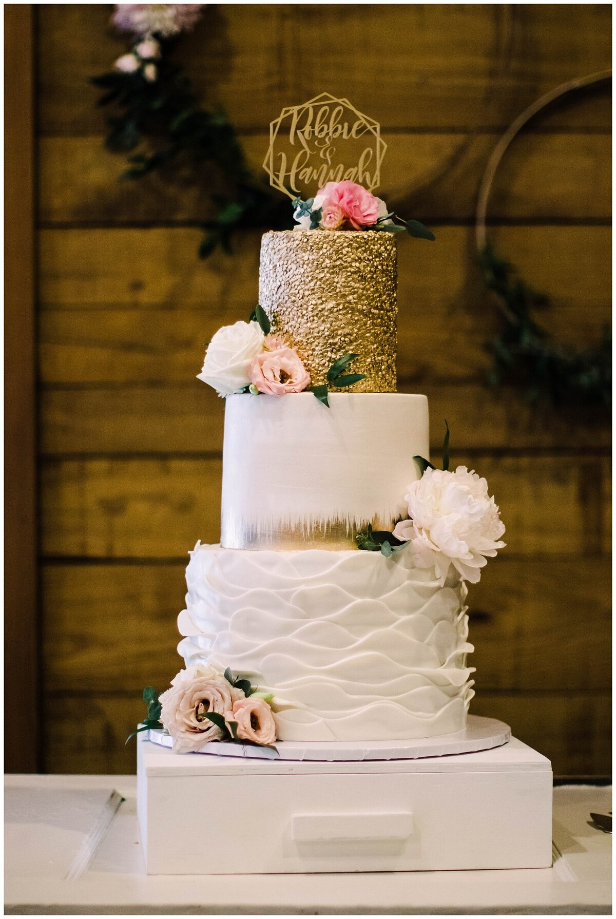 Houston Wedding Planner for Vintage Blush Floral Hoop Inspired Wedding at Emery's Buffalo Creek- J. Richter Events_0010