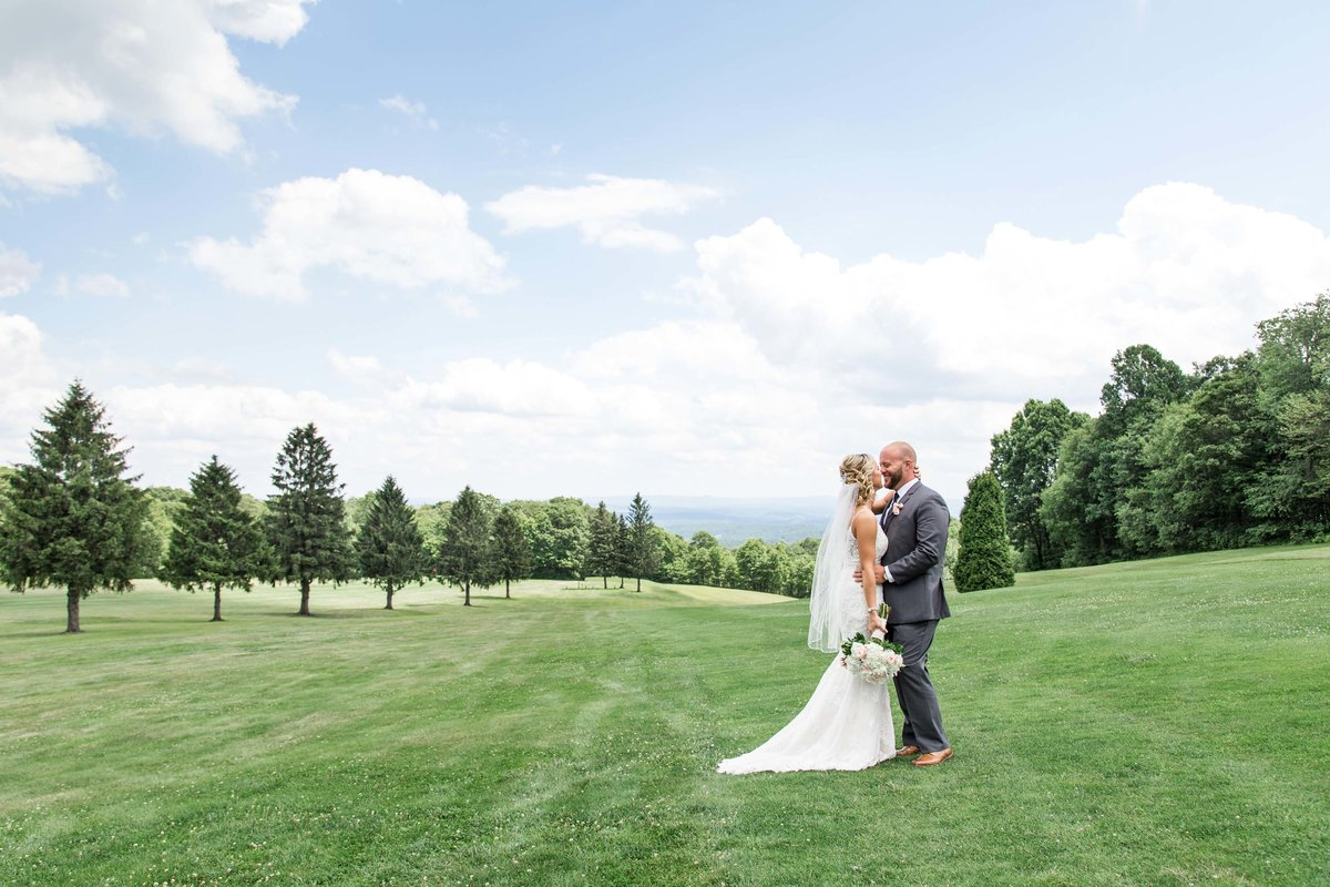 Wedding-Photography-Summit-Inn-Pennsylvania