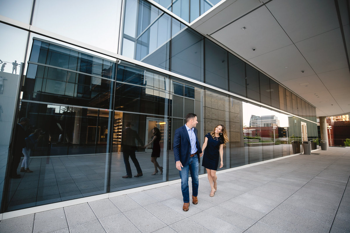 AA_Dallas_Downtown_Engagement_By_Dallas_wedding_Photographer_Julia_Sharapova-32