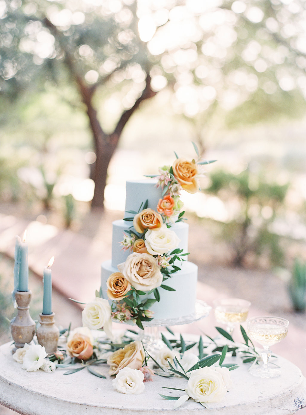 blue-wedding-cake-scottsdale