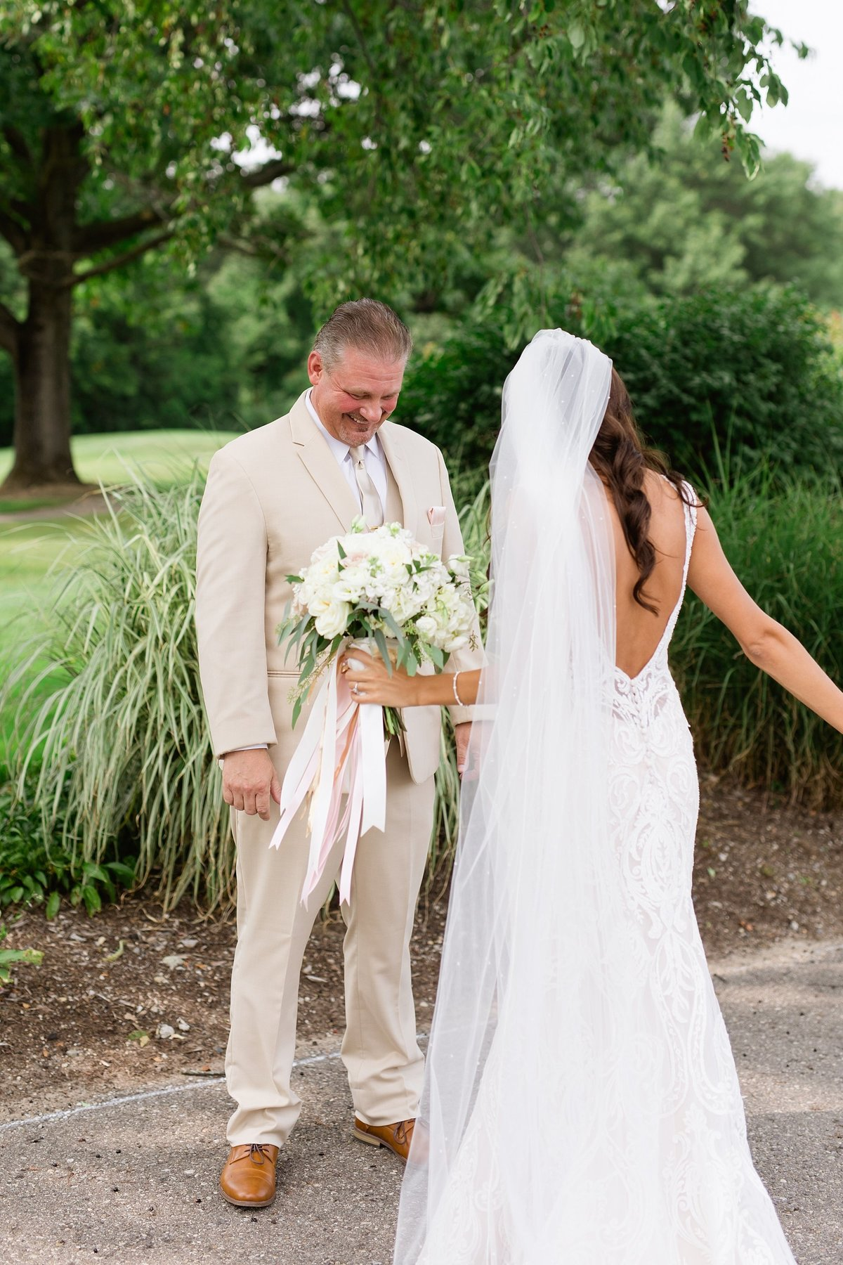 Lauren-Nate-Paint-Creek-Country-Club-Wedding-Michigan-Breanne-Rochelle-Photography29
