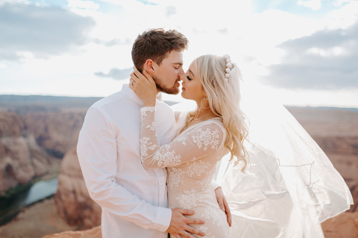 horseshoe-bend-arizona-elopement