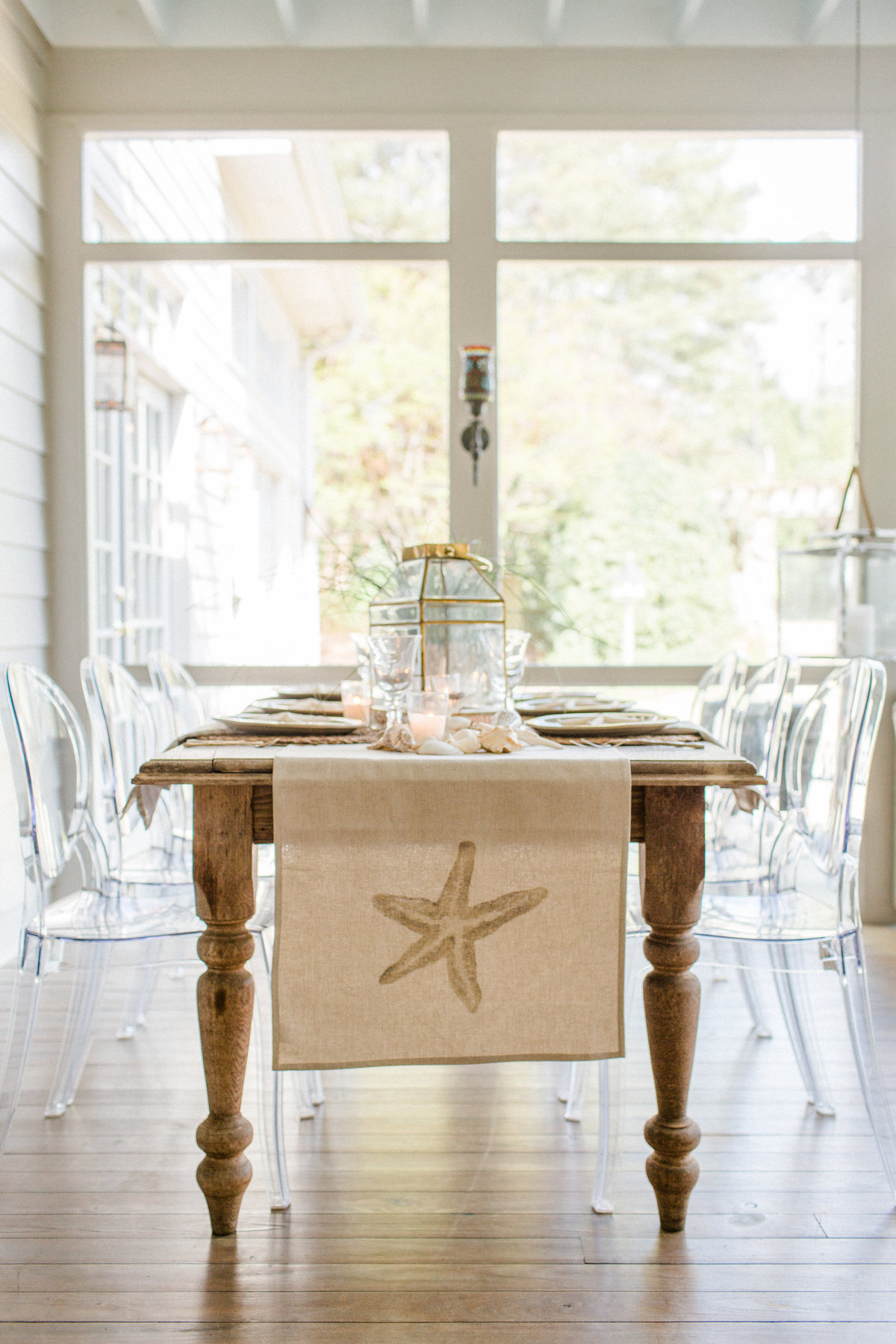 MelissaSchollaert-FrenchTable-40