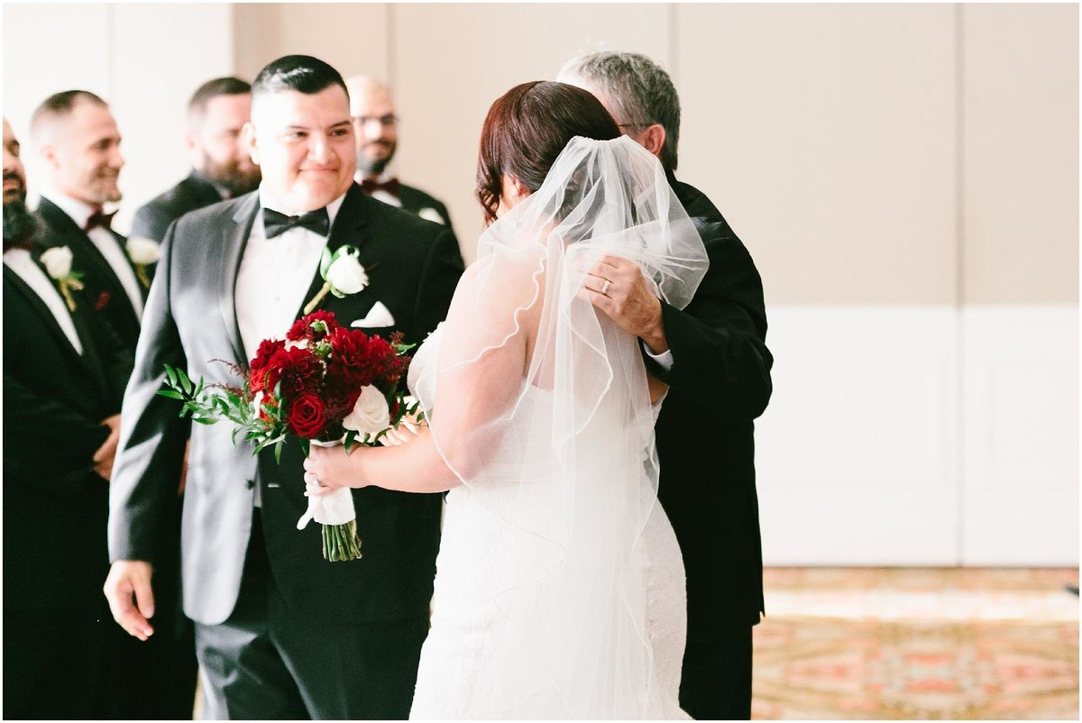 galveston wedding photography - the tremont house wedding - destination wedding photographer - houstonw edding photographer_0095