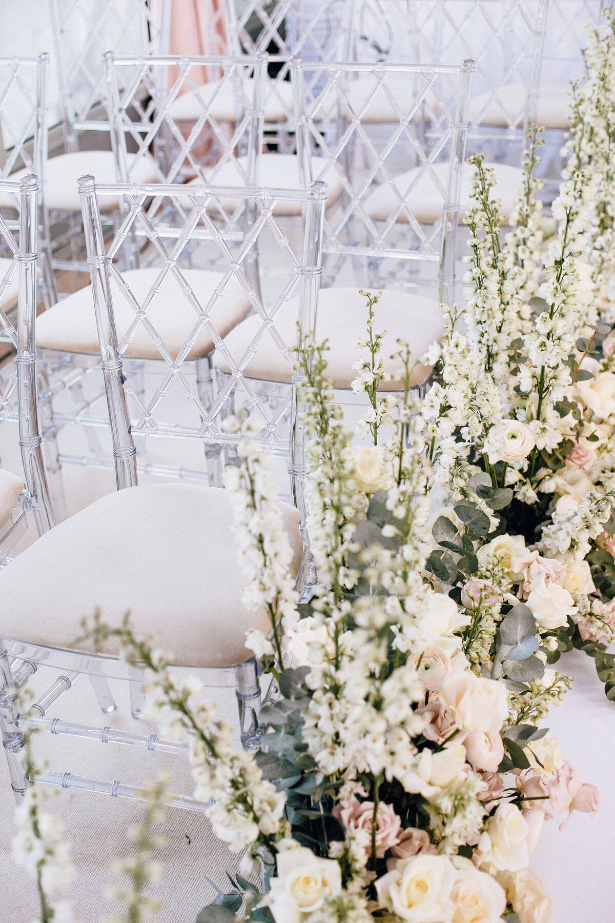 wanderingblooms events aisle design