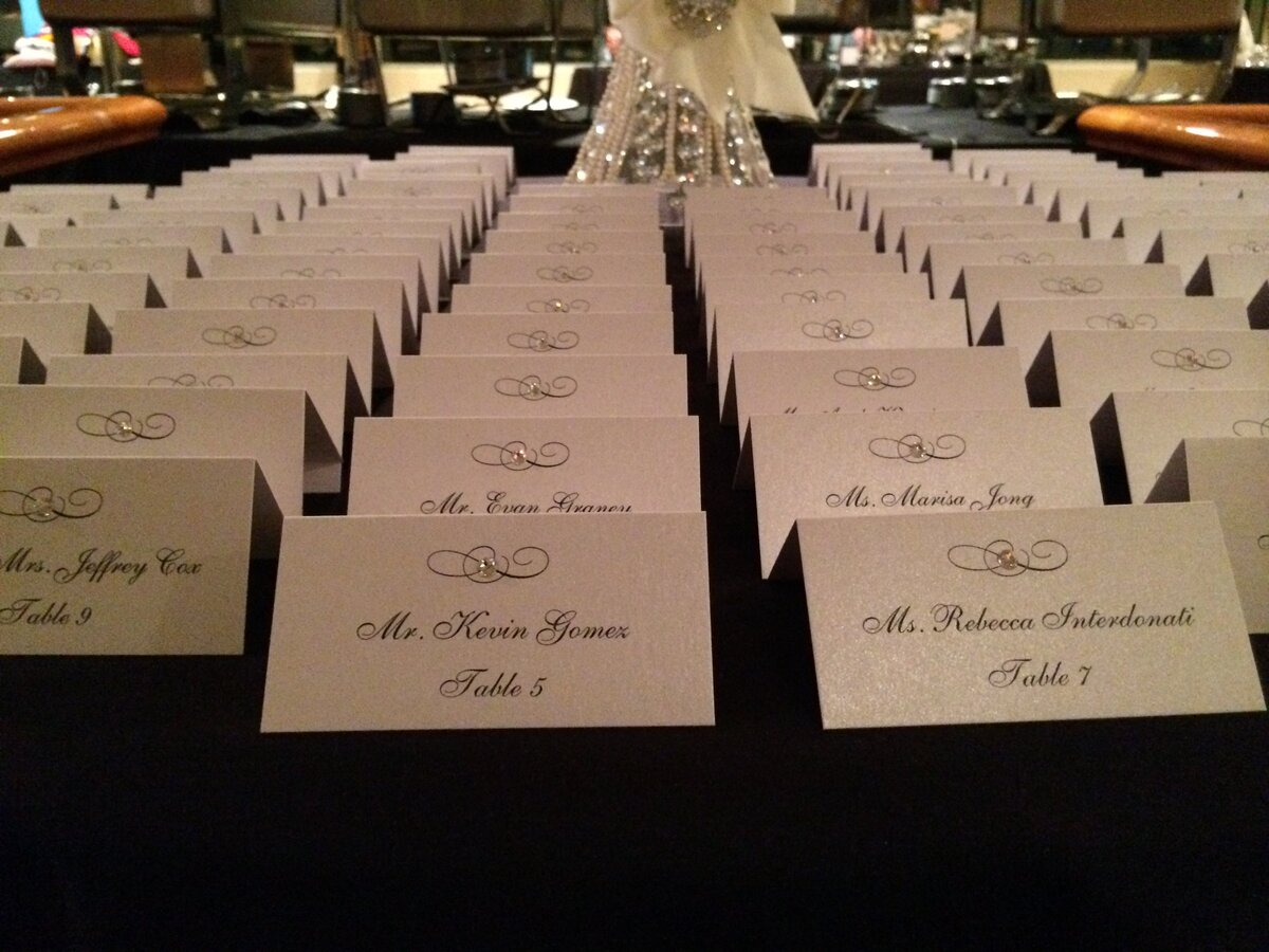 white shimmer crystal seating card