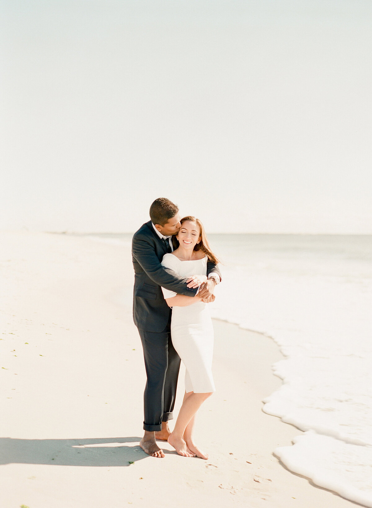 682 TWAH-DOUGHERTY-BEACH-ENGAGEMENT-SESSION