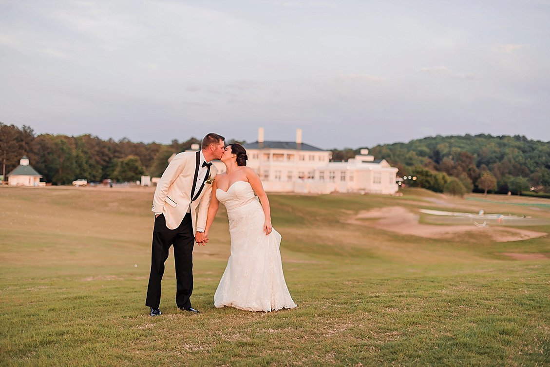 sharonelizabethphotography-independencegolfclubwedding-richmondvirginiawedding-classicgolfcoursewedding0378