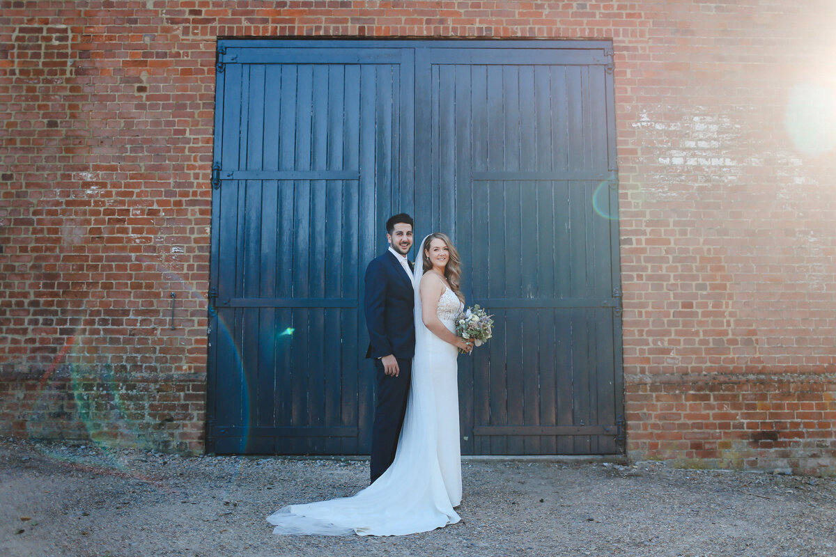 BURY-COURT-BARN-WEDDING-SUMMER-0067