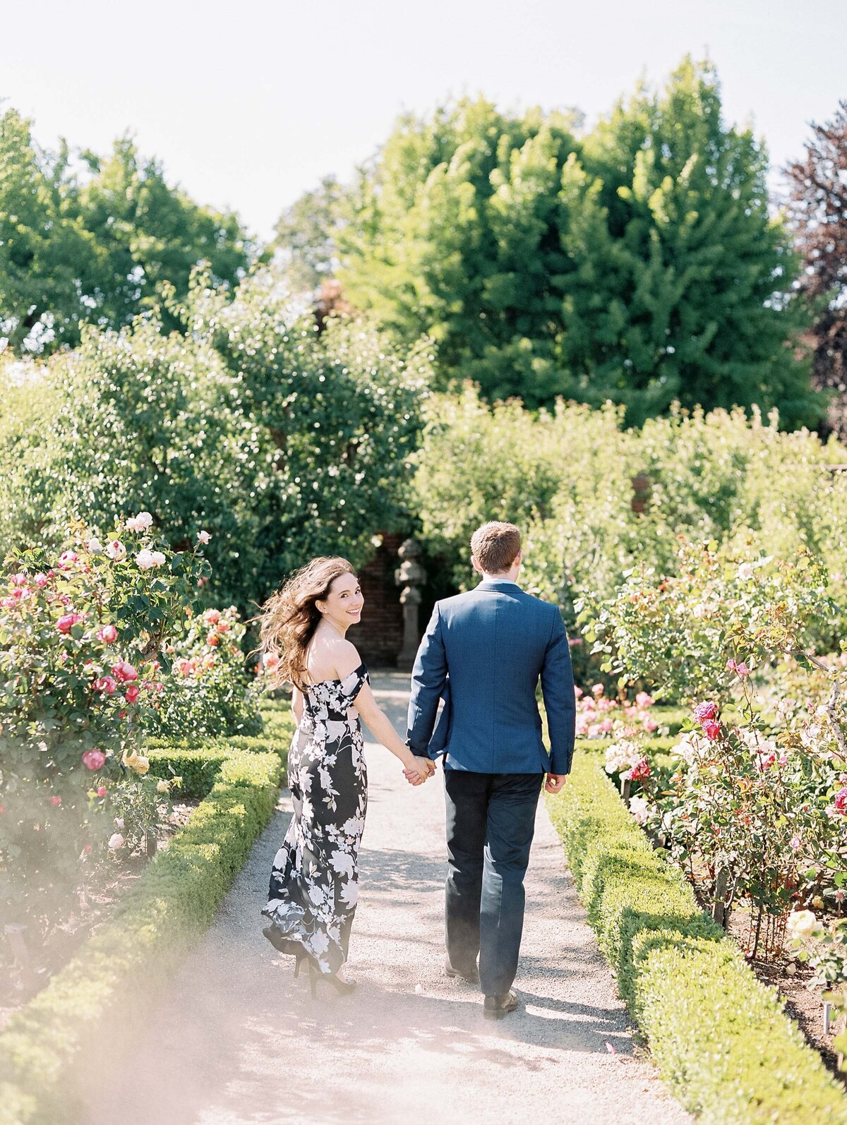 Filoli_Gardens_California_Engagement_Photo-13