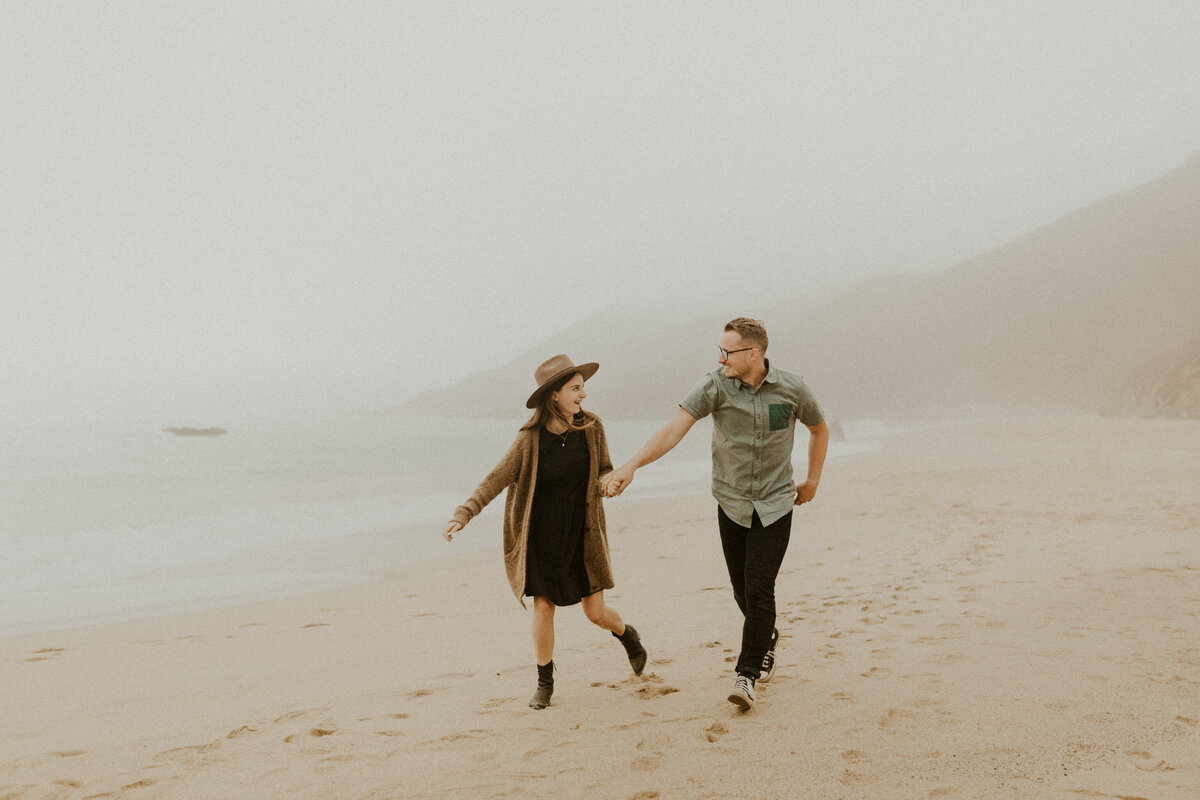 Big-Sur-Elopement-Photographer_Adventurous-Couples-Session_Northern-California-Photographer_Anna-Ray-Photography-59