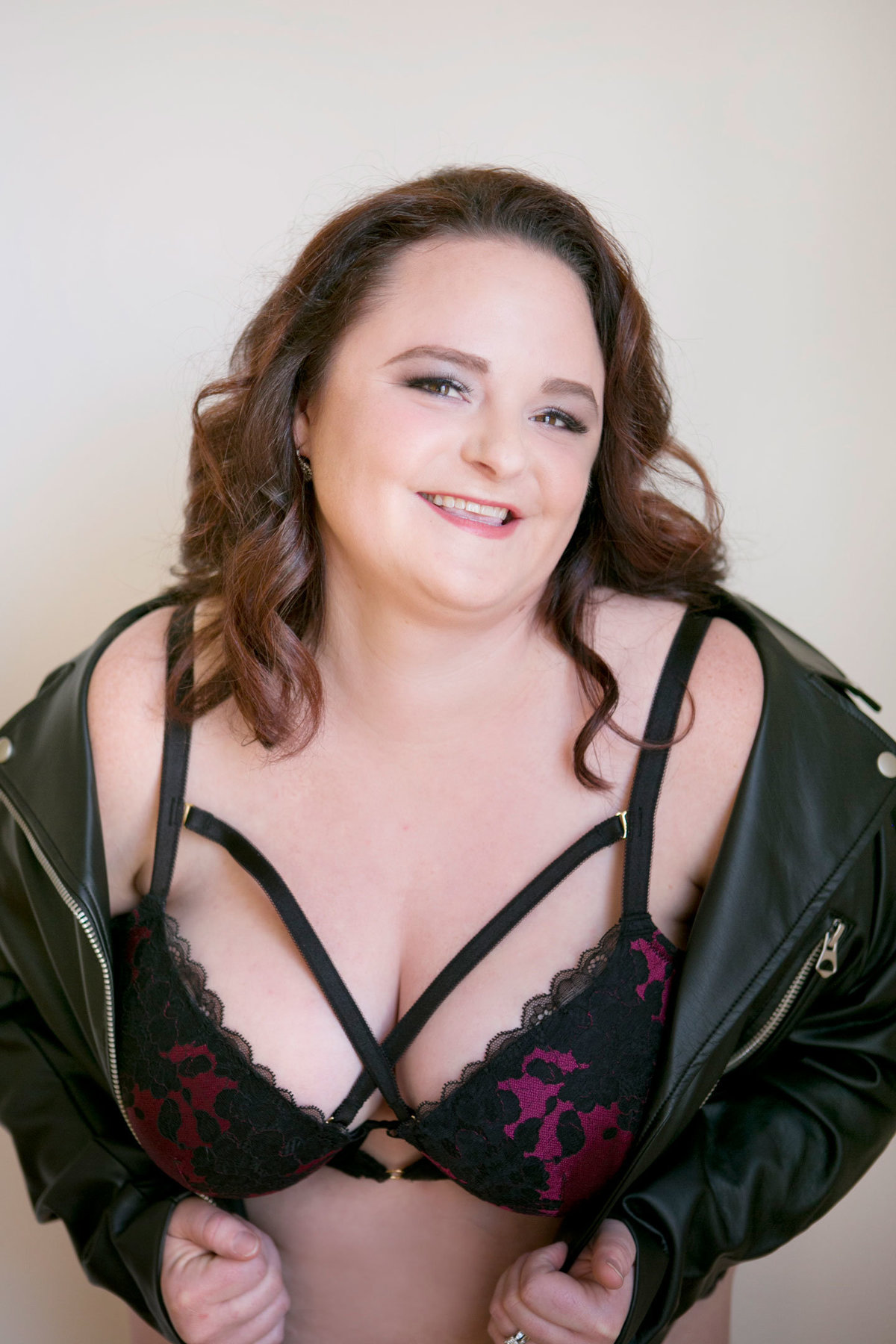 Looking for a Boudoir Photographer? Leslie Gilbert Boudoir is the  #1 photographer in Lancaster Pa