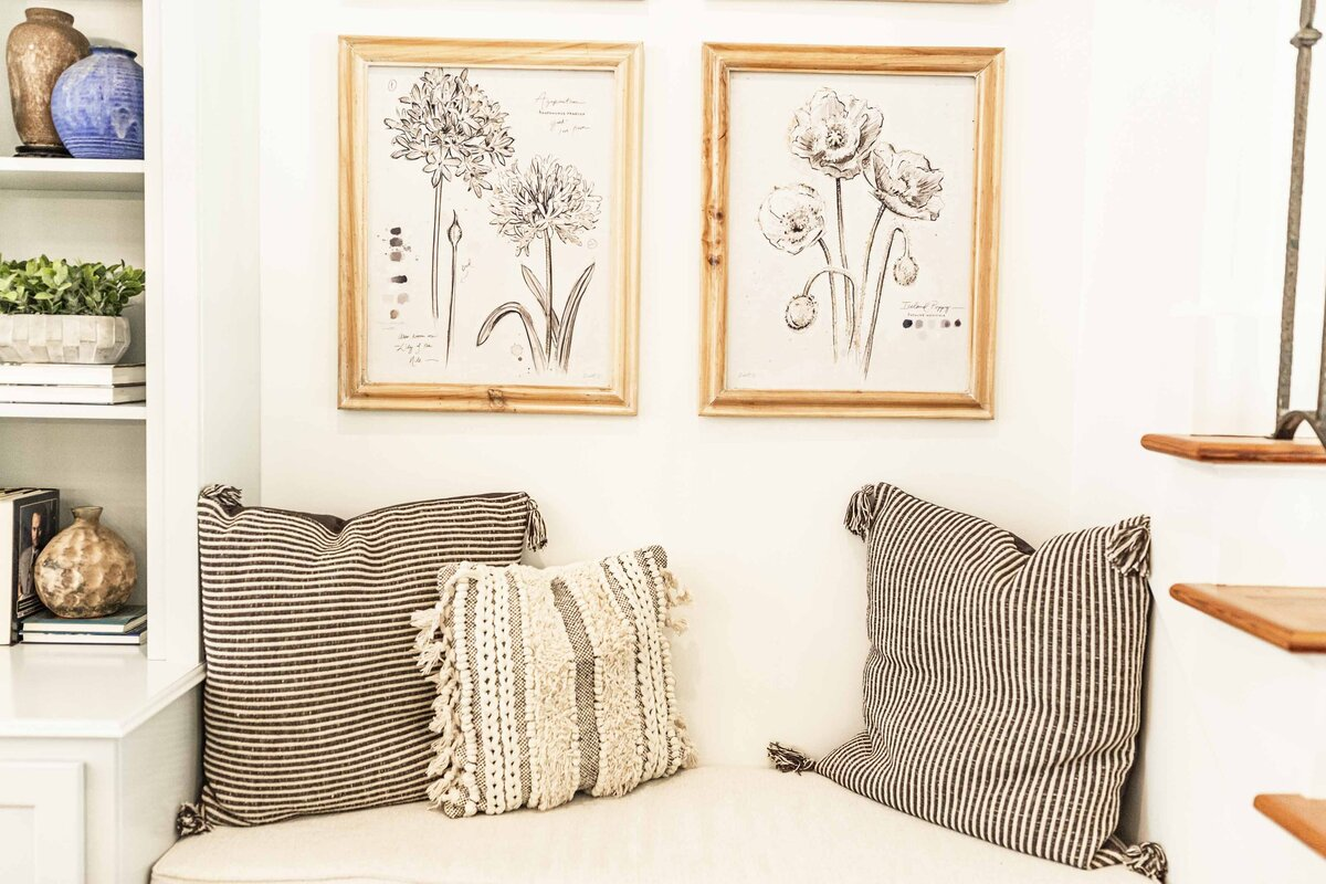 floral-illustrations-framed-living-room-decor3