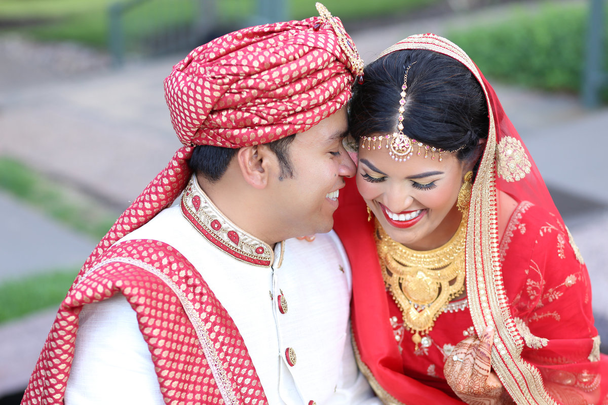Desi South Asian Indian Punjabi Pakistani Wedding Photographer Overland Park Kansas City Missouri