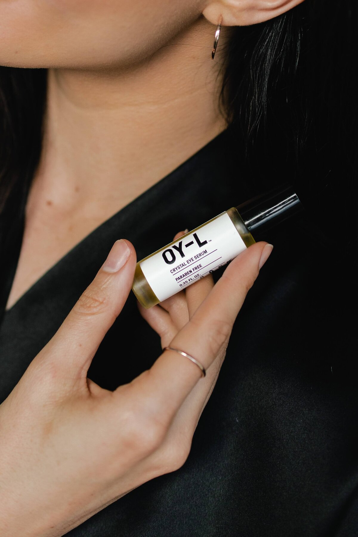 OY-L Crystal Eye Serum Review by Clean Beauty Blogger Alex Perry
