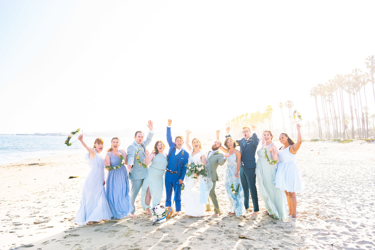 Pastel-Bridal-Party-On-Beach
