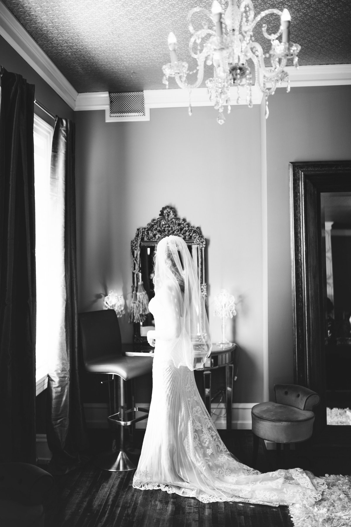 semple-mansion-february-winter-minneapolis-wedding-17