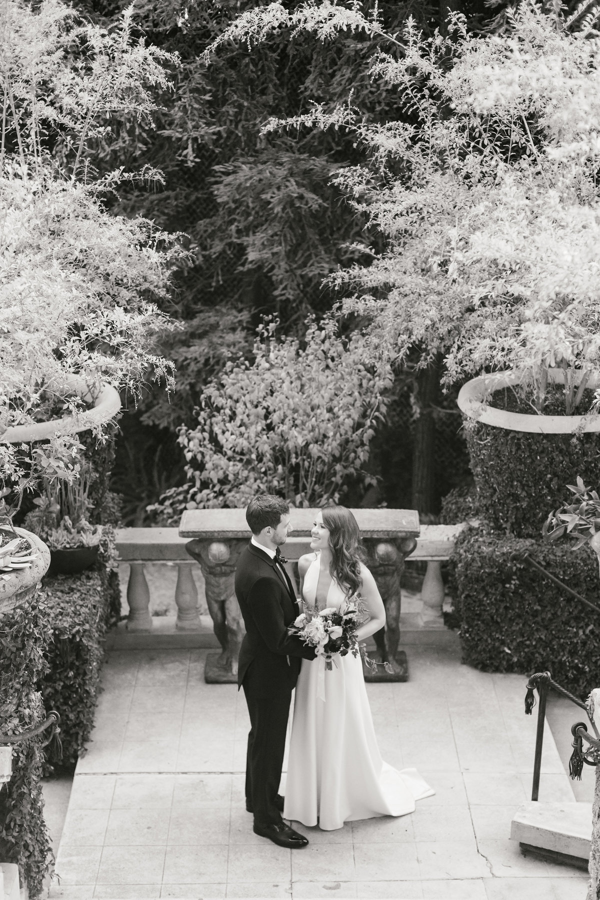 Fall-Houdini-Estate-Wedding-Los-Angeles-34
