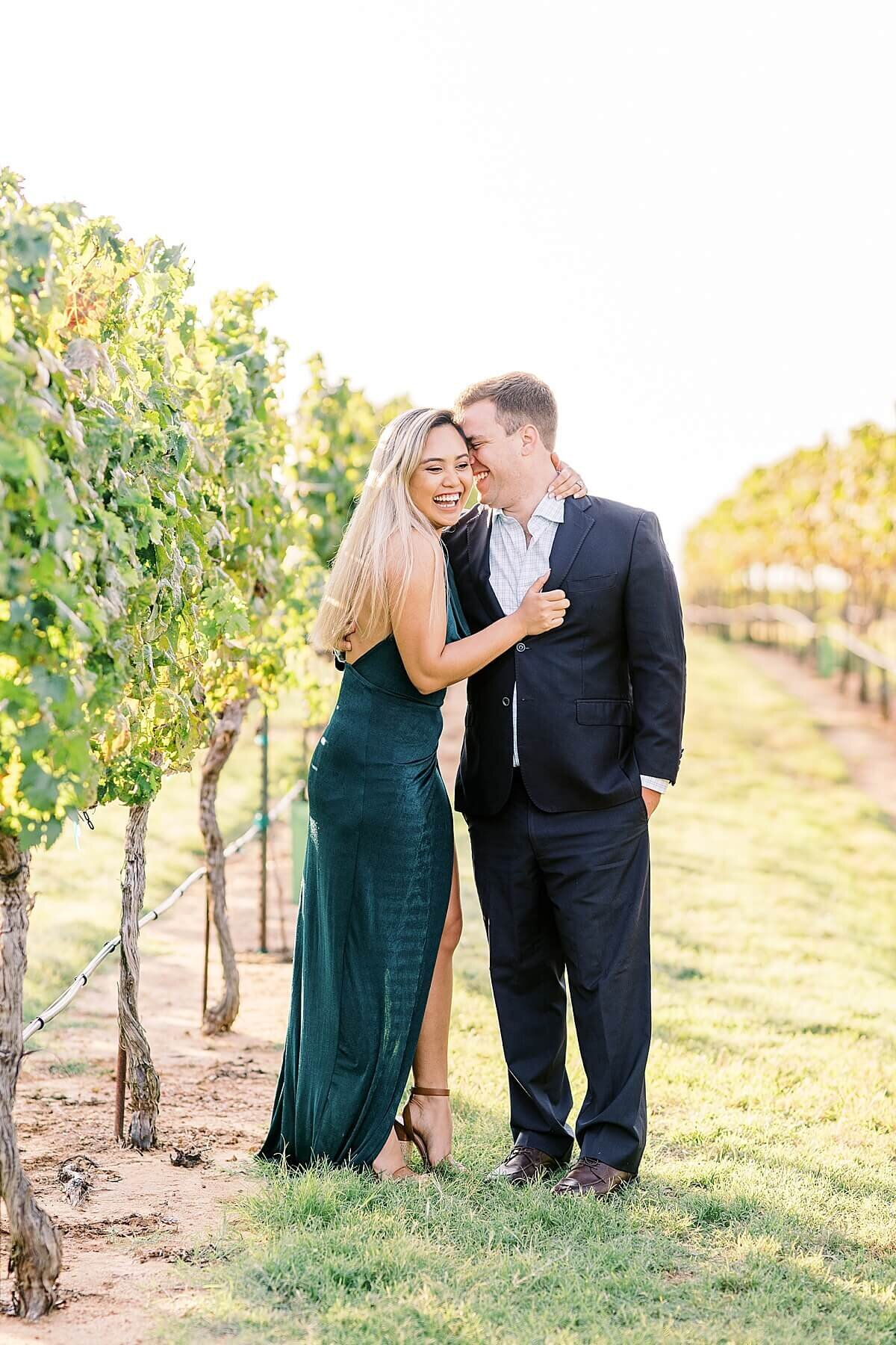 Texas-Hill-Country-Vineyard-Engagement-Portrait-Session-Alicia-Yarrish-Photography_0004