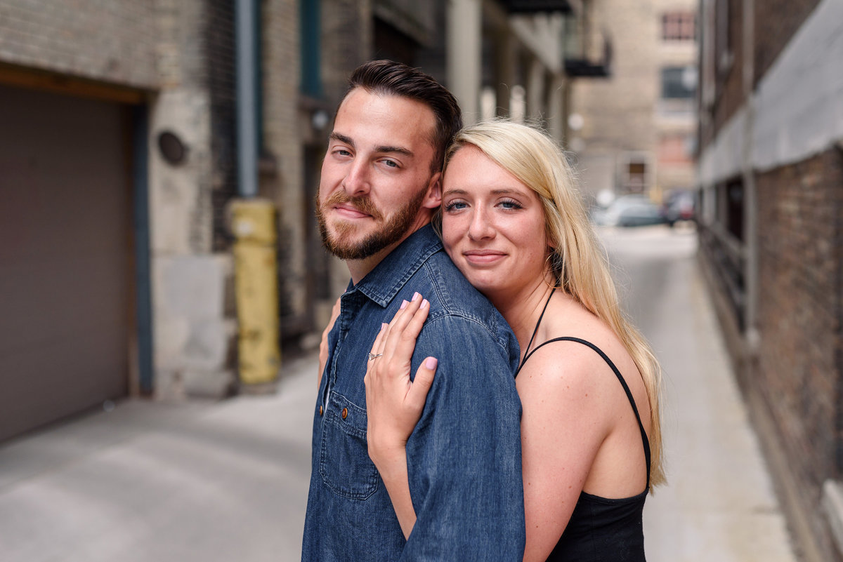 downtown-milwaukee-third-ward-engagement-summer-the-paper-elephant-0017
