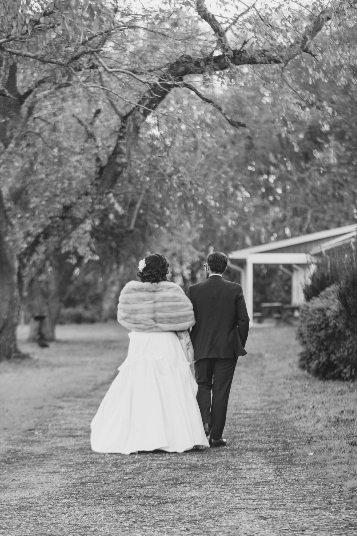 AppelFarmRusticNJWedding_GenPalmerPhotography_057