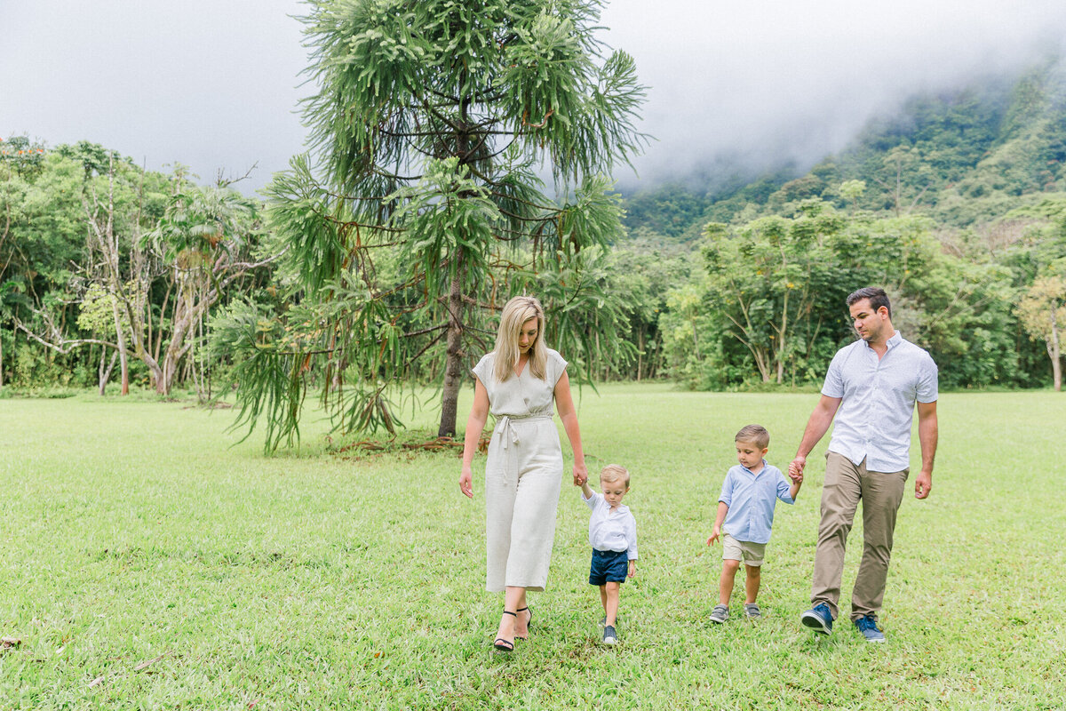 Blog-hoomaluhia family session by hawaii family photographer veronica ilioi photography-0013