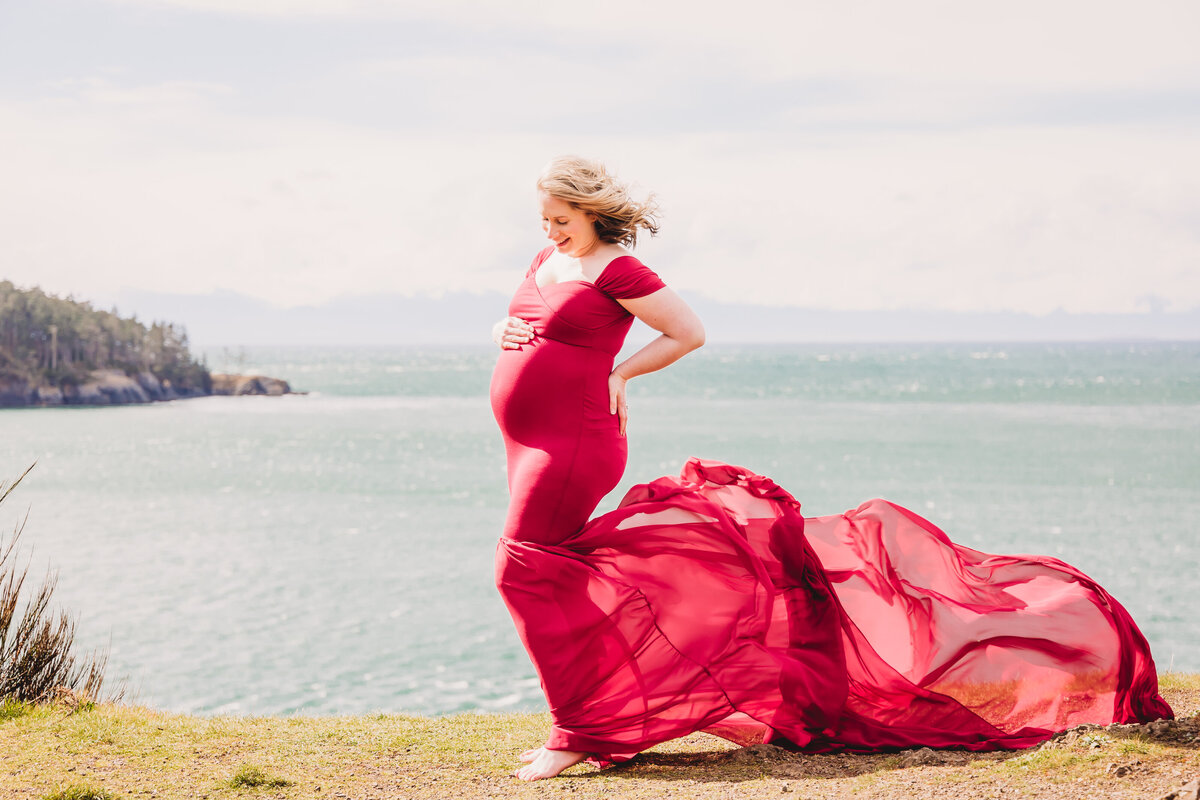 Maternity_Photos_RosarioBeach-33