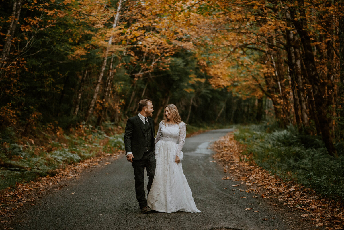 mount-hood-mountain-cabin-woods-elopement-forest-oregon-pnw-wedding-photographer9453