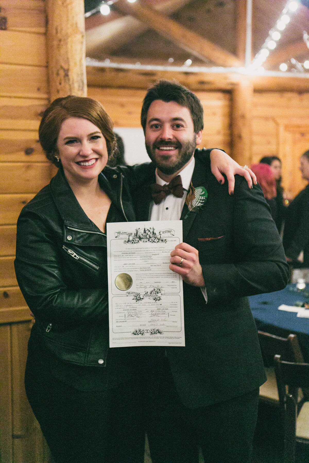 Jennifer_Mooney_Photography_Abbey_Stephen_Fall_Winter_Glacier_Park_Elopement-216