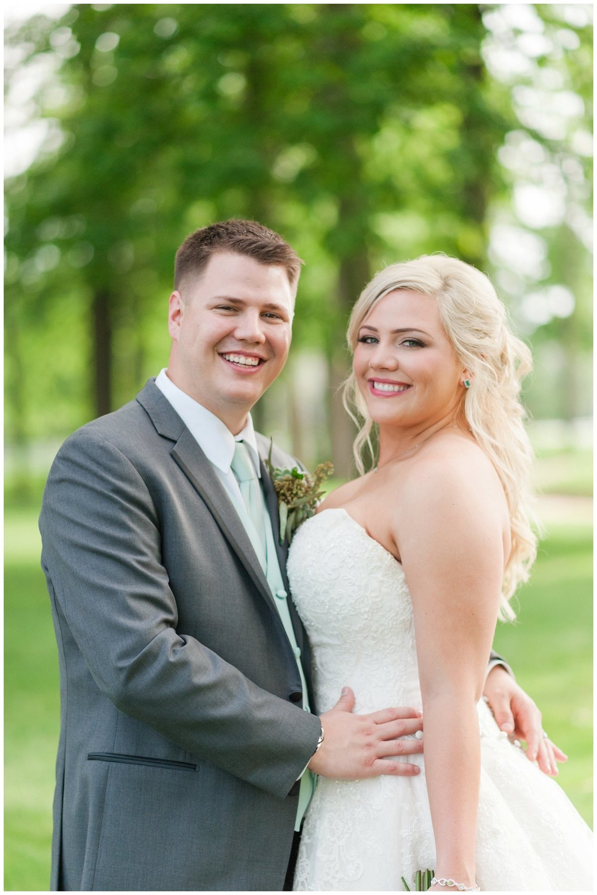 Heritage golf and country club wedding hilliard ohio wedding photos_0053