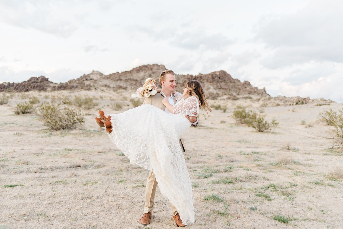 Joshua-Tree-California-Elopement-Photographer-Photography-70
