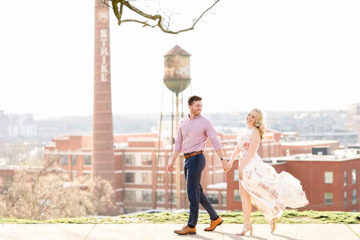Tara Liebeck Photography Wedding Engagement Lifestyle Virginia Photographer Bright Light Airy2