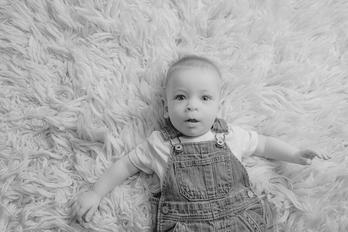 baby-boy-milestone-baby-photo-session-carp-grey-loft-studio-ottawa-6