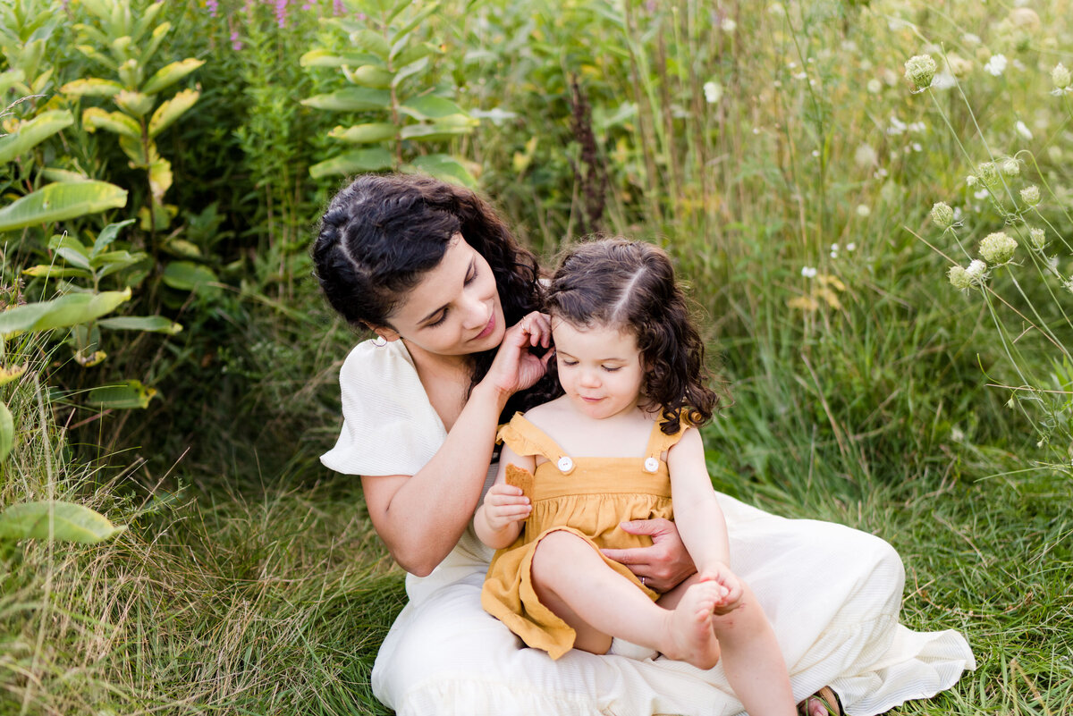 Boston-family-photographer-bella-wang-photography-Lifestyle-session-outdoor-wildflower-68