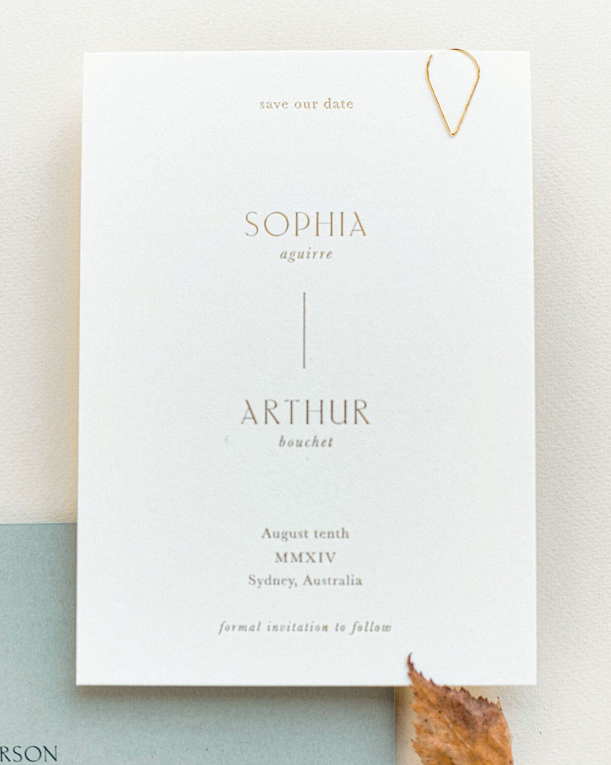 Dominique_Alba_minimalistic_invitation_collection_savethedate