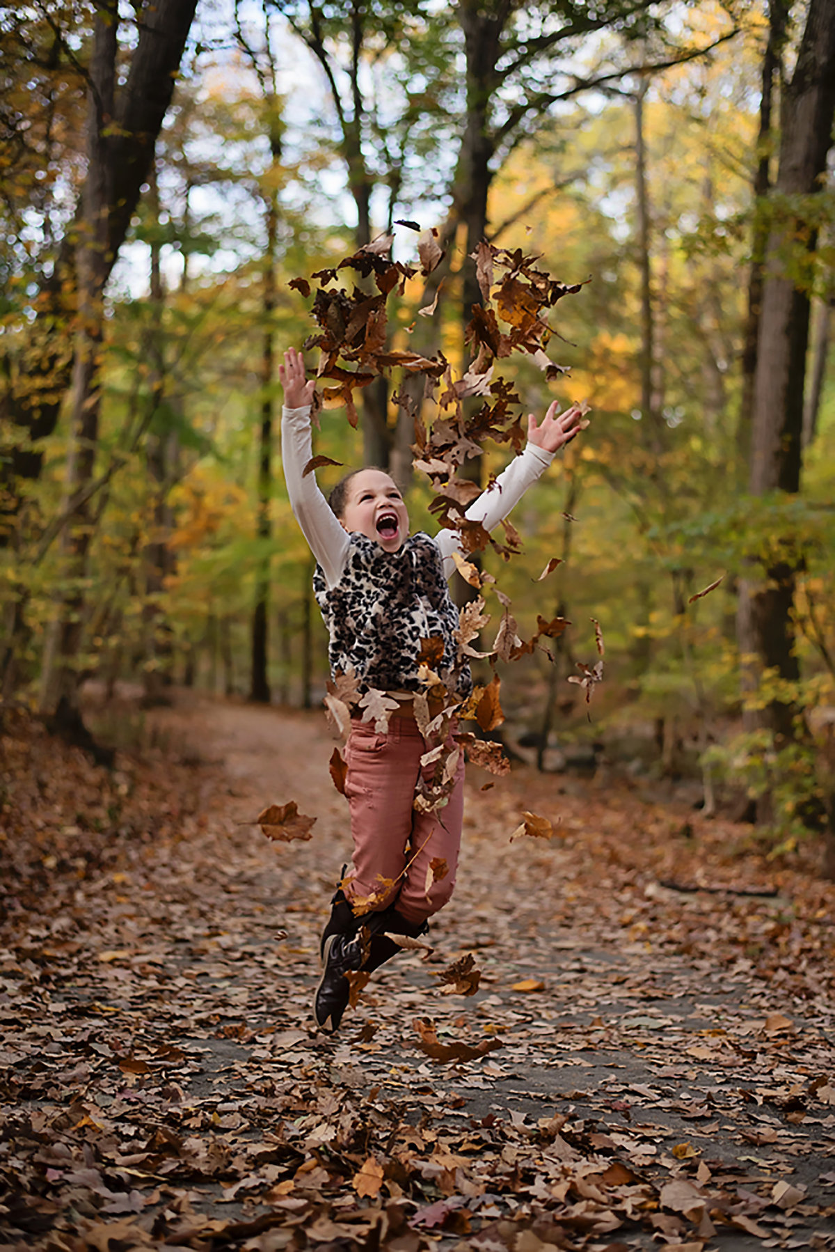 Gorgeous fall photo of happy child at Lubber Run Park in Arlington Virginia by Sarah Alice Photography (4)